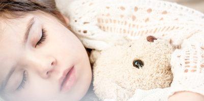 Spálová angína – bolestivá angína a nepříjemná vyrážka v jednom