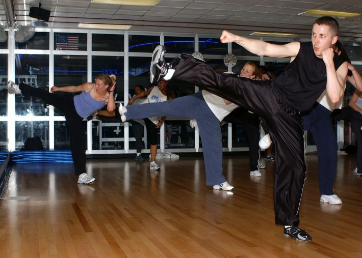 kickboxing-course-1178261_1920