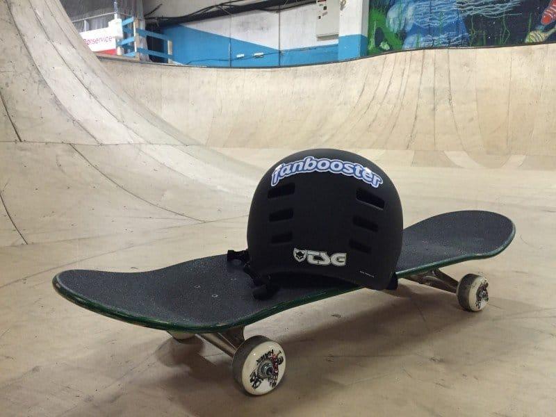 helmet-skateboard-skateboarding-skateboarder-fun